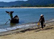 """Nêu cảm nhận về hình tượng người đàn bà làng chài trong tác phẩm """"Chiếc thuyền ngoài xa"""" của Nguyễn Minh Châu"""